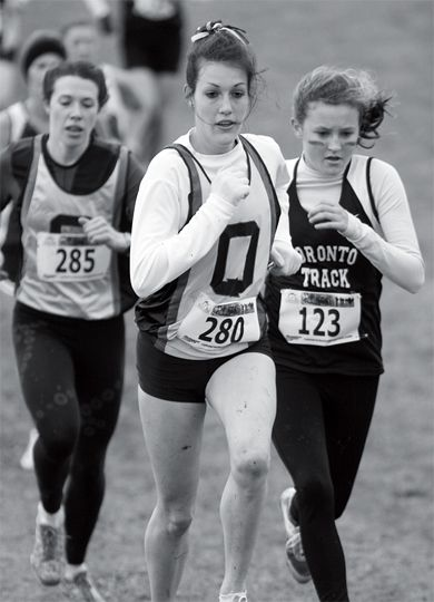 Liz Miller, left, and Charlotte Aust compete at Fort Henry.