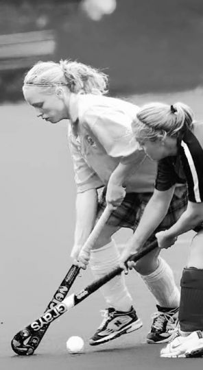 Women's field hockey plays the Western Mustangs during the 2005 season.