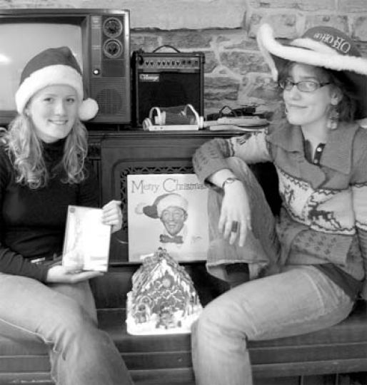 Tricia Summers and Lauren Raham—Team A&E—get into the holiday spirit.