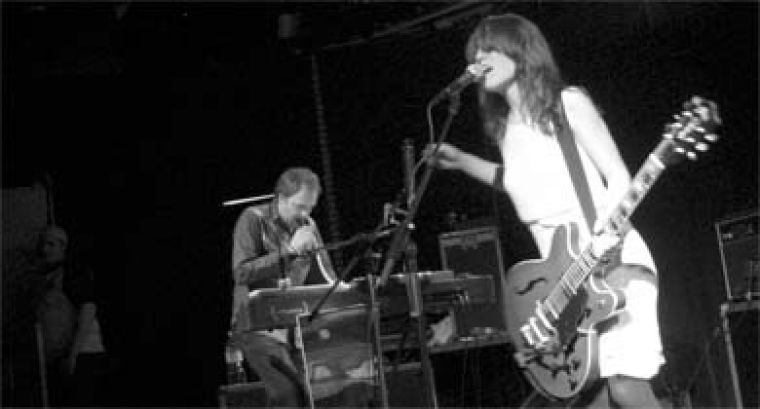 """Feist may not have had the whole """"Scene"""" behind her, but she was supported by a three-piece band."""