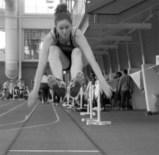 Queen's track began the new year in style, winning 14 gold medals at the St. Lawrence Open.