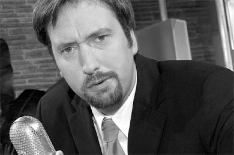 Tom Green plans to prepare scrambled eggs for the crowds tonight at Elixir.