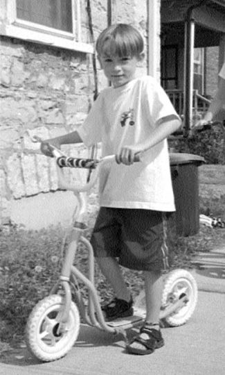 The key to spreading moped madness: get kids like 7-year old Cameron Reed (pictured above) hooked early!!