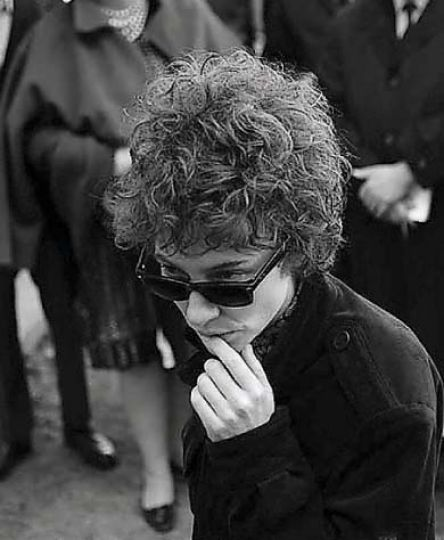 Todd Haynes's film about Bob Dylan's life casts six actors in the role of the reluctant poet, including Cate Blanchett, seen here.