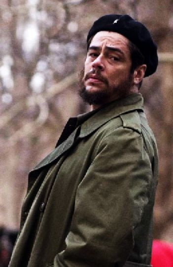 Benicio del Toro plays the revolutionary Che Guevara