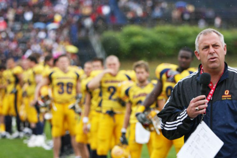 Football head coach Pat Sheahan will now serve as his own offensive coordinator after Warren Goldie's exit.