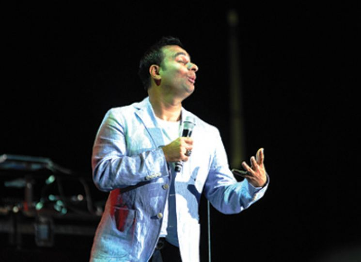 Canadian comic Russell Peters performed in front of a packed house at the K-Rock Centre on Wednesday night.