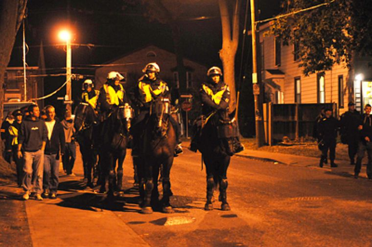 9:40 p.m. - Mounted Unit on Aberdeen