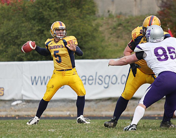 Gaels' quarterback Danny Brannagan scans the defence to make a pass during Saturday afternoon's game against the Western Mustangs at Richardson Stadium. Brannagan became the second quarterback in CIS history to pass for 10,000 yards.
