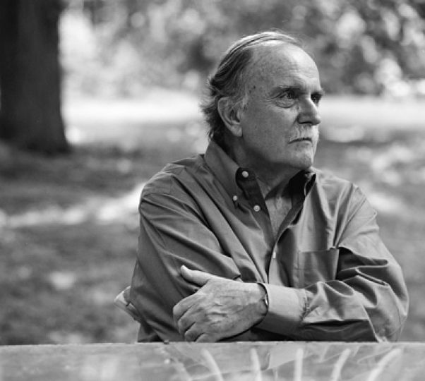 Alvin Lucier is no stranger to university campuses as a long-time university professor he has fostered many young musicians.