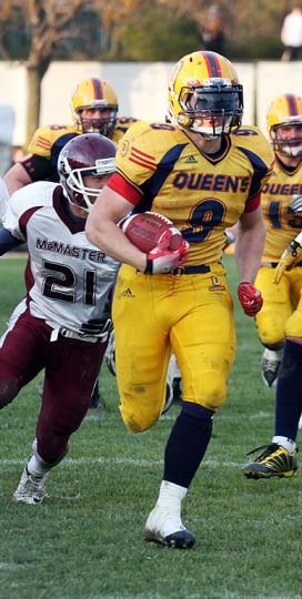 Gaels' running back Marty Gordon goes on a 50-yard run for what would have been the Gaels' fourth touchdown of the game, but it was called back for holding.