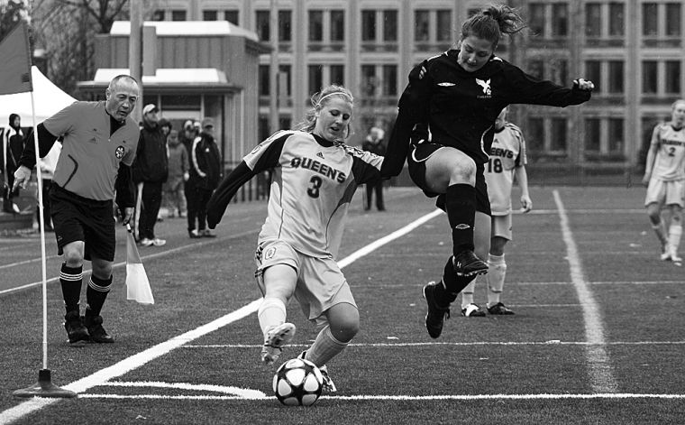 Striker Kelli Chamberlain scored the game-winning goal against the Carleton Ravens during their Oct. 31 OUA semifinal. The Gaels are now through to Saturday's CIS semifinal against Trinity Western.