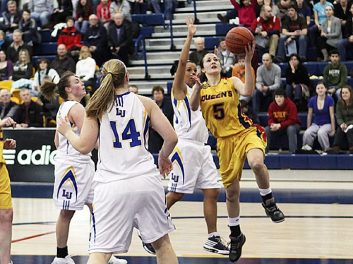 Guard Paige Robinson goes up for a layup during Friday's win over the Lady Vees.