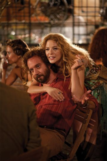 Giamatti's Barney Panofsky is a man of many women, juggling wives played by Rachelle Lefevre, Minnie Driver and his one true love, Rosamund Pike's Miriam.