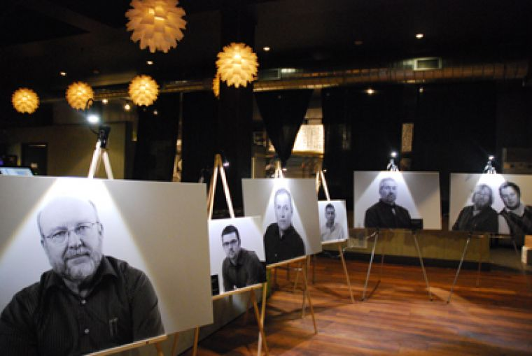 The Picture to End Violence exhibit held last Tuesday at Zappas featured various portraits of men opposed to violence against women.