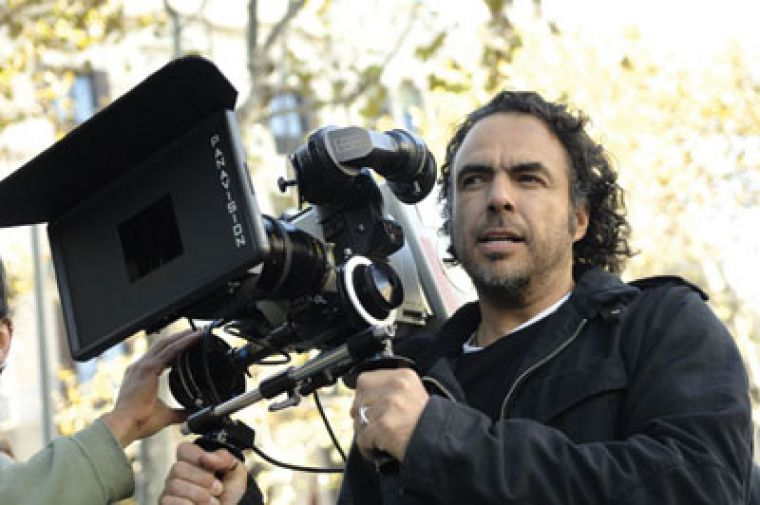 Director Alejandro González Iñárritu illuminates a more realistically squalid, impoverished and crowded Barcelona as the backdrop for Biutiful, a departure from the lavish estates we're used to in portrayals of Europe