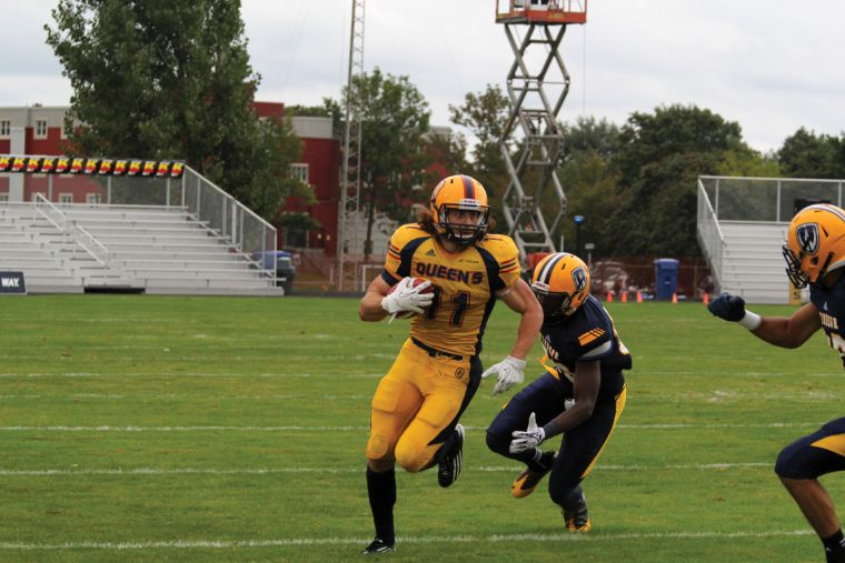 Receiver Giovanni Aprile had three catches for 43 yards against Windsor.