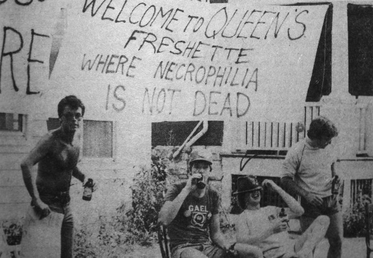 A sign on a front lawn during Orientation Week in 1980.