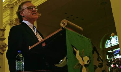 Stephen Lewis, outgoing UN special envoy on HIV/AIDS, spoke about the AIDS crisis at St. George's Cathedral Sunday.