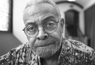 On June 14, Amiri Baraka spoke to students, faculty and community members about the politics of the 1960s in Grant Hall.