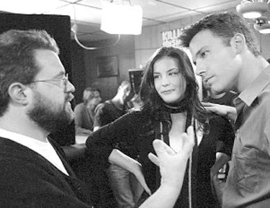 Kevin Smith directing Liv Tyler and Ben Affleck on the set of Jersey Girl.