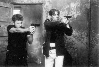 Ryan Phillippe and Benecio Del Toro star in Way of the Gun.