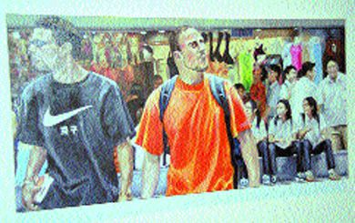 Foreigners @ West Gate Ding @ 1:30 pm (oil on canvas) by Lance Wei.