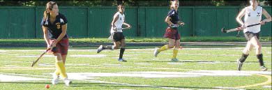 The Queen's field hockey team beat the Carleton Ravens 4-0 in Waterloo on Sunday.