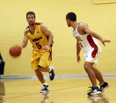 Guard Baris Ondul, pictured in Queen's Oct. 3 game against the Laval Rouge-et-Or at Bartlett Gym, hit a buzzer-beating three-pointer for the win against the Brock Badgers Saturday.