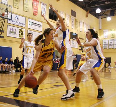 Women's basketball Wing Katie Guthrie drives to the basket during the Gaels Jan. 9 win over the Ryerson Rams.