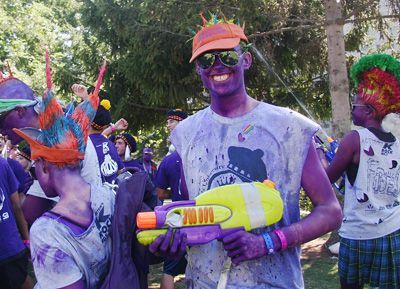 Queen's engineering students engage in one of the many rituals associated with Frosh Week.