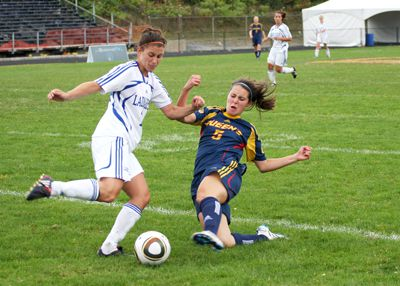 Defender Meredith Raddysh blocks the Laurentian Voyageurs offence on their way to a 2-1 win.