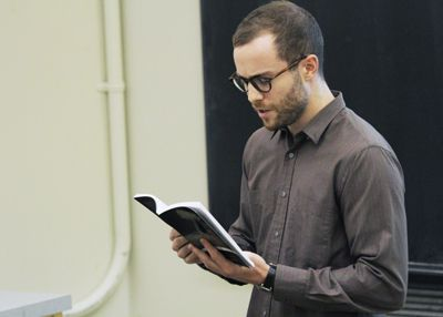 Teaching Fellow Paul Saunders lectures to his ENGL 260, Modern British Literature course last Wednesday.