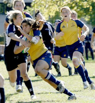 The Gaels defeat the University of Toronto Varsity Blues to go in to the OUA Quarterfinal with a 5-0 record.