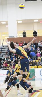 The men's volleyball team swept their weekend games against Ryerson Rams and York Lions in Toronto.