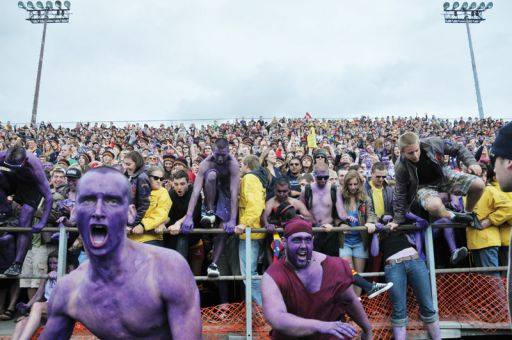 Over 9,100 people watched the Gaels' Homecoming football game against the Ottawa Gee-Gees in 2010.
