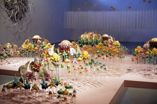 Ying-Yueh Chuang's Cross Series #3 is made of plexiglass.