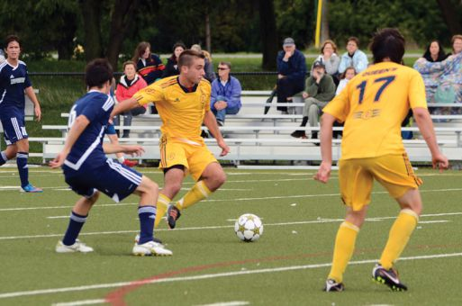 Queen's avenged last year's playoff loss to Laurentian with a 1-0 win.