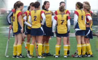 The Queen's Field hockey team is 1-4 in OUA play.