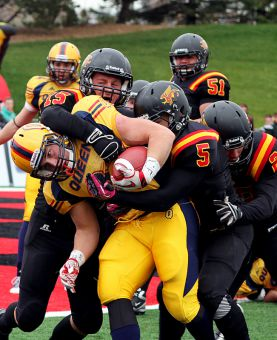 The football team lost a 22-point fourth-quarter lead against Guelph in the OUA semifinal.