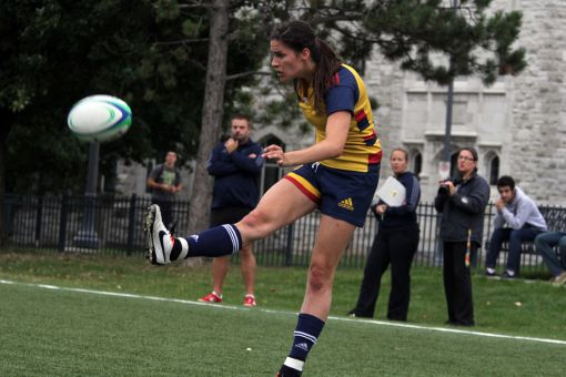Claudia DiFrancesco extended Queen's lead with a second-half try.