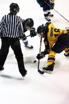 Montreal, St. FX and Queen's all qualified for CIS nationals in March 2013. The Carabins won the national championship.