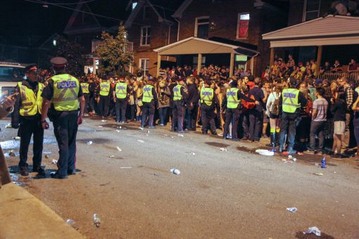 Kingston Police keeping students at bay on Aberdeen St. Saturday night.
