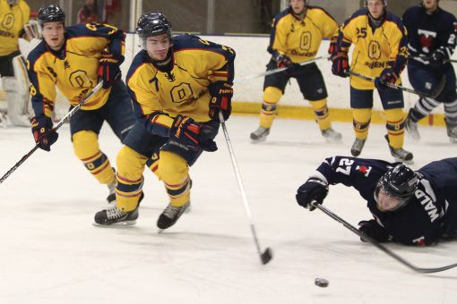 Centre Taylor Clements was second on the Gaels in goals last season, tallying eight.