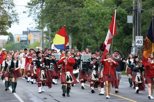Queen's Bands was established in 1905 and plays at numerous school events.