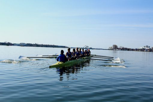 The women's heavyweight eight won silver at the OUA championships in 2013.