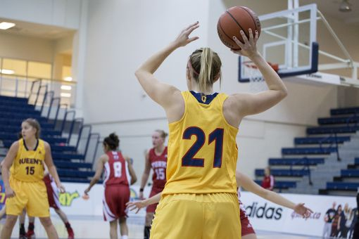 Jenny Wright recorded 40 points in the Gaels past three games.
