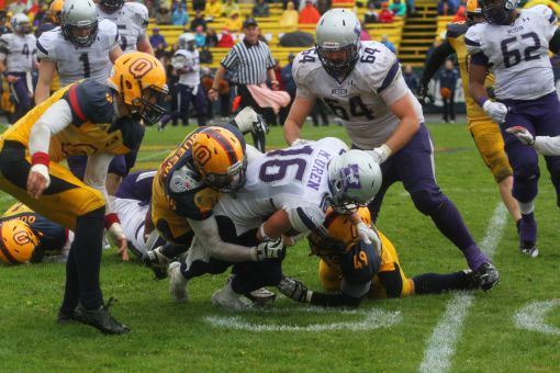 The Gaels look to avenge last year's 43-12 loss to Western.