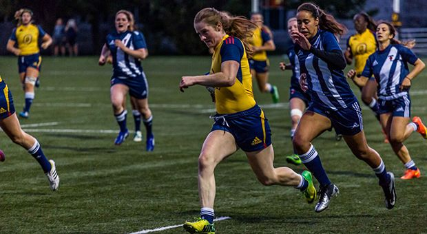 Emma Chown has scored eight tries in three games, helping to propel the Gaels to third in the CIS rankings.