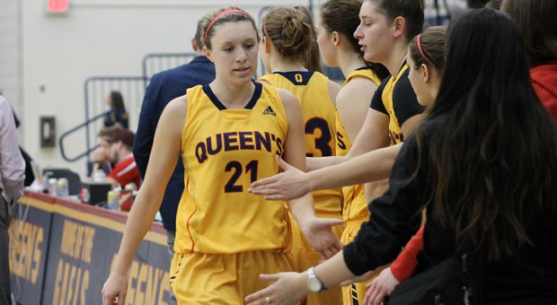 Wright (#21) has been playing at Queen's since 2011.